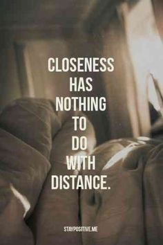 These 20 Quotes PROVE Long Distance Relationships Are Worth The Work 20 Long Distance Relationship Quotes to Keep You Positive Distance Love Quotes, Long Distance Relationship Quotes, Long Distance Love, Relationship Tips, Distance Relationships, Long Distance Friendship Quotes, Marriage Tips, Quote Friendship, John Maxwell