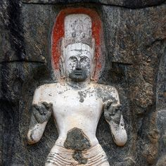 Buduruwagala Rock Carving, Sri Lanka (www.secretlanka.com) Mahayana Buddhism, Buddhist Art, Sri Lanka, Carving, Statue, Rock, Wood Carvings, Skirt, Buddha Art