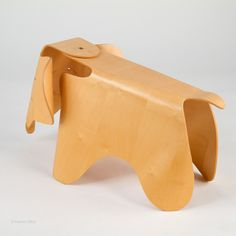 Best mid-century toy, the Vitra Eames Elephant, made of plywood in a limited edition in the 21st century! 21st Century, Mid Century, Eames, Elephants, Plywood, Wooden Toys, Car, Design, Hardwood Plywood