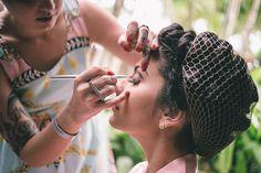Recebi elogios do chefe, já está de bom tamanho pra mim <3 Making of Camila, Tabatinga Hotel 27.09.2014 Life Fotografia | www.eventoslife.com.br