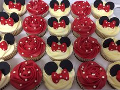 Minnie Mouse cupcakes I love the original red instead of pink. For a Vintage Minnie Mouse party:)