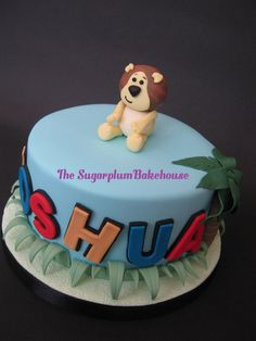 6 Inch round cake decorated in a Raa Raa theme with all handmade and edible decorations. Raa Raa The Noisy Lion Birthday Cake Lion Birthday, 2 Birthday Cake, Birthday Ideas, Baby Christening Cakes, Lion Cakes, Round Cakes, Let Them Eat Cake, Cake Pops, Baked Goods