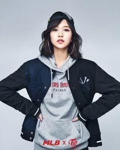 TWICE ✘ Mina