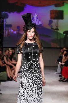 Special design #hat #berryrutjes #milliner for show Michael Barnaart van bergen
