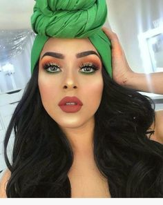 Gorgeous Makeup: Tips and Tricks With Eye Makeup and Eyeshadow – Makeup Design Ideas Glam Makeup, Eyeshadow Makeup, Face Makeup, Matte Eyeshadow, Makeup Brushes, Green Eyeshadow, Cute Eye Makeup, Simple Eyeshadow, Awesome Makeup