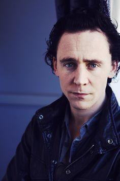 Tom Hiddleston Loki Avengers, Thor, Thomas William Hiddleston, Tom Hiddleston Loki, Men's Toms, Tom Holland, Sebastian Stan, Bucky, Thomas Brodie