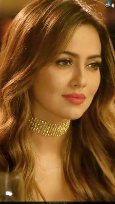 Most Beautiful Faces, Beautiful Lips, Gorgeous Women, Pure Beauty, Beauty Women, India Beauty, Asian Beauty, Sexy Makeup, Stylish Girl Images
