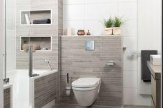 Small bathroom with TWINLINE 2 shower bath and wood look tiles www.at - bathtub. Laundry In Bathroom, Bathroom Storage, Small Bathroom, Bathroom Ideas, Bathtub Shower Combo, Bathtub Tile, Bad Inspiration, Bathroom Inspiration, Baths Interior