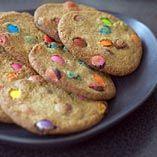 Rövarcookies - Recept http://www.dansukker.se/se/recept/rovarcookies.aspx #cookies #barnkalas #recept