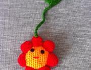 flor colgante  de crochet realizada con lana - artesanum com