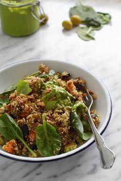 Ensalada de Quinoa con verduras y pesto.  blog de recetas de cocina sencillas y fáciles. Recetas tradicionales, dulces, postres, tartas. Como hacer recetas paso a paso.