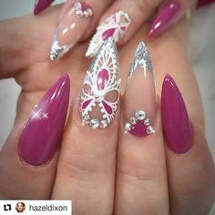 #Repost @hazeldixon with @repostapp ・・・ Luxio legend, white gold leaf and titanium white @akzentz_uk @scratchmagazine @alscratch @helena.biggs @nailsmagazine @nailpromagazine #gel play #hdnailartistacademy #hdnails #hdnailart #nailartist #showscratch #nailsonfleek #nail2inspire #nailstoinspire #toptech #akzentzgel #winner #scratchstarswinner2016 #glitter #akzentz #akzentz uk #teamakzentz #nails #nailstagram #nailsofinstagram #nails2inspire #nailsoftheday #nailsdesign #nailsoftheweek…