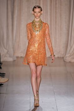 Marchesa Spring 2013 Photo 1 tunic, multi strand gold necklace
