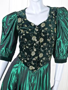 German Vintage Trachten Evening Dress, Emerald Green Velvet Satin Traditional Bavarian Landhausmode Elegant Dress: Size 8 US, Size 12 UK by YouLookAmazing on Etsy
