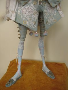 http://www.annadan.com.ua/images/stories/dolls/blue_pierrette_08.jpg