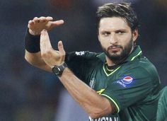Shahid Afridi denies reports of joining PML-N