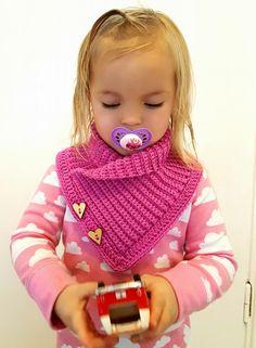 Crochet For Kids, Crochet Baby, Knit Crochet, Crochet Neck Warmer, Diy Crafts Crochet, Crochet Jacket, Knitted Gloves, Crochet Scarves, Baby Knitting Patterns