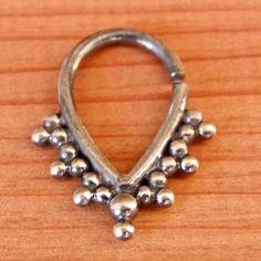 septum argent oxydé pour le nez percé  de Ronibiza - bijoux tribaux  sur DaWanda.com