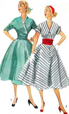 Vintage Sewing Pattern 1950s Simplicity 4153 - What a lovely silhouette!