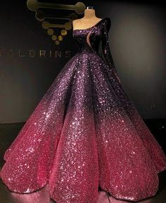 The skirt on this dress though!!! Formal Gowns, Dream Dress, Beautiful Dresses, Nice Dresses, Designer Dresses, Couture Dresses, Fashion Dresses, Ball Gowns, Dress Shoes