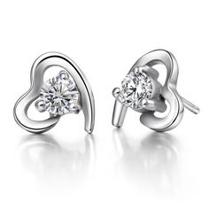 Some Popular Types of Silver Jewelry