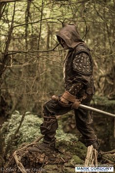 LARP costume made by Mark Cordory Creations. Enquiries always welcome @ www.markcordory.com Photo courtesy & © Silver Lining Studios. All rights reserved.