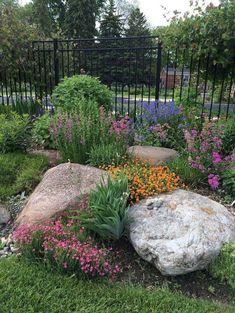 Front Yard Rock GardenLandscaping Ideas (59) #cottagelandscapefrontyard
