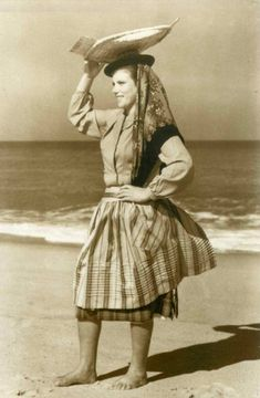 Hipster, Poses, Traditional, Portugal, Vintage, Fishing, Style, Google, Carnival