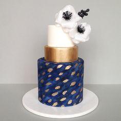 image.jpg                                                       … Pretty Cakes, Beautiful Cakes, Amazing Cakes, Watercolor Cake, Blue Cakes, Fondant Wedding Cakes, Fondant Cakes, Wafer Paper Flowers, Custom Cakes