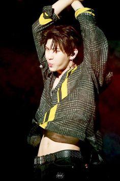 Can that shirt go up a little bit higher? K Pop, Dramas, Leo, Vixx Hongbin, Concert Looks, Jung Taekwoon, Sanha, Korean Entertainment, My Prince