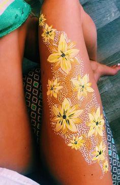 Bold Body Painting Art Ideas To Try, Body Art, Women Body Paining, Body … - Malerei Kunst - English Body Art Tattoos, Nature Tattoos, Ink Tattoos, Finger Tattoos, Tattoo Art, Arm Tattoo, Sleeve Tattoos, Leg Painting, Galaxy Painting