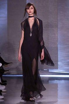 Donna Karan Fall 2002 Ready-to-Wear Collection Photos - Vogue