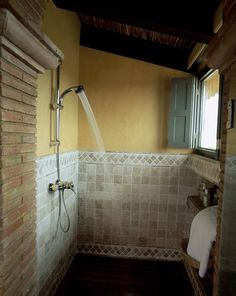 Amazing bathrooms created for Saint Louis Mo by bathroom expert remodelers Remodel STL- http://remodelstl.org/construction/bathroom-remodeling-quote
