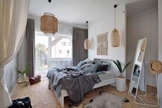 20 najpiękniejszych sypialni 2019 roku - Galeria - Dobrzemieszkaj.pl Bali, Sweet Home, Bedrooms, House, Furniture, Design, Home Decor, Interiors, Bedroom