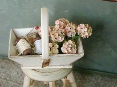 Decorated winepickers basket, 1;12