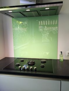1000 images about gewaagde kleuren voor keuken achterwand bold colours splashback on - Open keukenglas ...