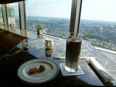 """Club Lounge, """"Royal Park Hotel"""", Yokohama Japan (Aprile)"""