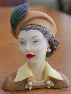"""Cameo Girls Judith """"Ladies Auxiliary"""" 1954 Lady Head Vase 2000 Edition"""
