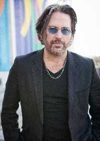 Rockstar Kip Winger to record music for new ballet at the Oberlin Conservatory.