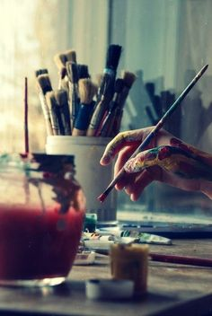 Photo styling | Prop styling | Still life styling | Still life photography | painting | paintbrushes