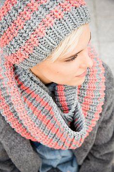 Muts en col Boston in middelgrijs gemêleerd en koraalrood Knitting For Dummies, Knitting Help, Crochet Mittens, Crochet Shawl, Knit Crochet, Knitted Headband, Knitted Hats, Lana, Hair Bows