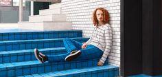 Ces artistes rendent leurs modèles invisibles en tricotant l'environnement
