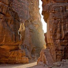 The narrow passageway that leads to Petra, Jordan