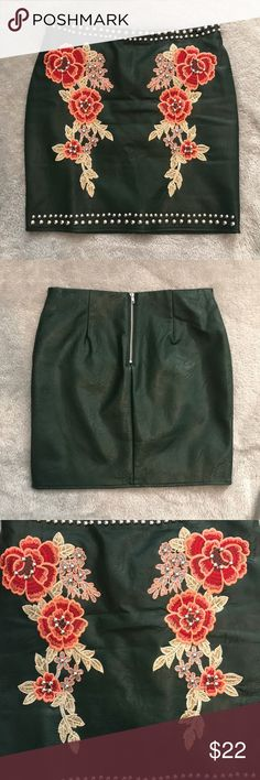 Romeo & Juliet Couture Faux Leather Skirt dark green with beautiful embroidery. worn once Romeo & Juliet Couture Skirts
