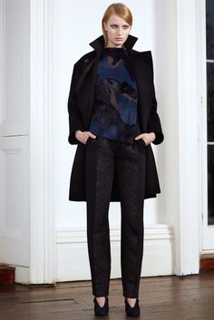 Roland Mouret Pre-Fall 2013 Fashion Show - Stephanie Hall