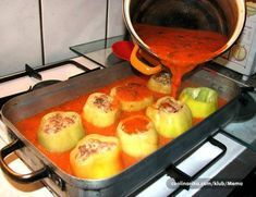 Najbolji domaći recepti za pite, kolače, torte na Balkanu Slovak Recipes, Czech Recipes, Best Food Ever, Griddle Pan, Food To Make, Food And Drink, Low Carb, Cooking Recipes, Pork