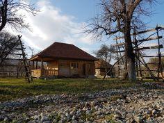 Fabrika de Case - Casa traditionala in Albestii Pamanteni, #Arges. #TraditionalArchitecture #WoodenHouse