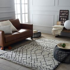 Afaw Berber-Style Rug LA REDOUTE INTERIEURS The look of this Afaw rug is inspired by traditional weaving techniques and is the perfect match for both classic and contemporary interiors. Living Room Color Schemes, Up House, Berber Rug, Dust Mites, Room Colors, Rugs In Living Room, Contemporary Interior, Soft Furnishings, Decoration