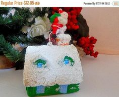 Santa Claus Christmas Tree OrnamentUp on the Roof Top Molded