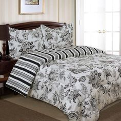 Divatex Home Fashions Cordoba Bedding Set - Black - A switcheroo of contrast and design, the Divatex Home Fashions Cordoba Bedding Set - Black is a set that won't get tired. The super soft micro...